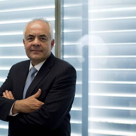 Edison Garcia, que tomou posse em maio, quer criar incentivos para evitar apagão no atendimento Foto: Márcia Foletto / Agência O Globo