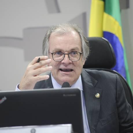 O senador Dário Berger (MDB-SC), na Comissão de Assuntos Sociais (CAS) do Senado Foto: Pedro França/Agência Senado/26-06-2018