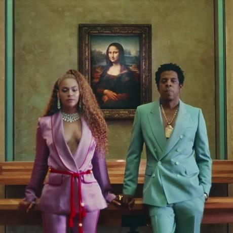 Beyonce e Jay-Z no Louvre Foto: Agência O Globo