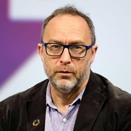 Jimmy Wales, cofundador da Wikipédia, está entre os signatários de carta que pede o veto ao artigo 13 Foto: Charles Platiau / REUTERS