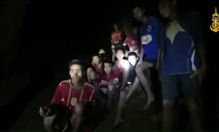 Tailandia Caverna