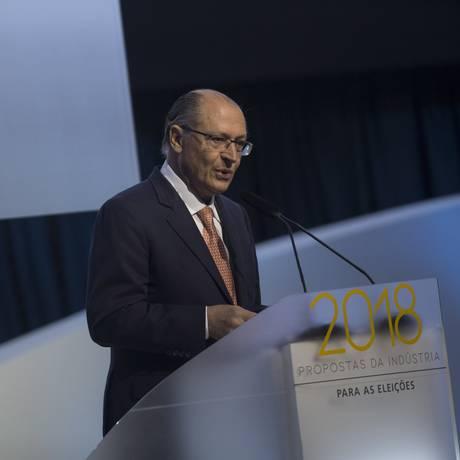 O pré-candidato do PSDB à Presidência, Geraldo Alckmin , participade evento na Confederacao Nacional da Industria (CNI) Foto: Daniel Marenco / Agência O Globo