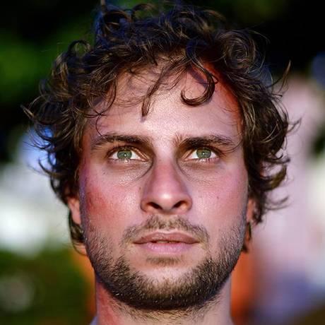 Gabriel Pardal em cena do filme 'Tropykaos' Foto: Divulgação