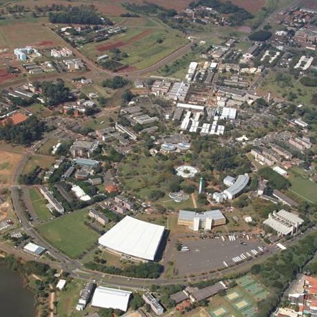 24.08.2006 - Divulgação / Reprodução / E Mail - ZI - Vista aérea da Unicamp Foto: Divulgação