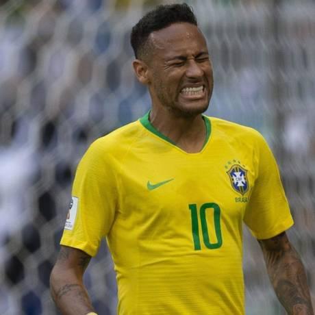 """Por fazer. A pequena barba de Neymar causa uma impressão de """"fora da lei"""", segundo o barbeiro Rodrigo Schemes, da D.O.N Barber Beer Foto: Alexandre Cassiano / Agência O Globo"""