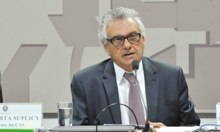 O senador Ronaldo Caiado (DEM-GO), durante sessão da Comissão de Assuntos Sociais (CAS) Foto: Geraldo Magela/Agência Senado/04-07-2018
