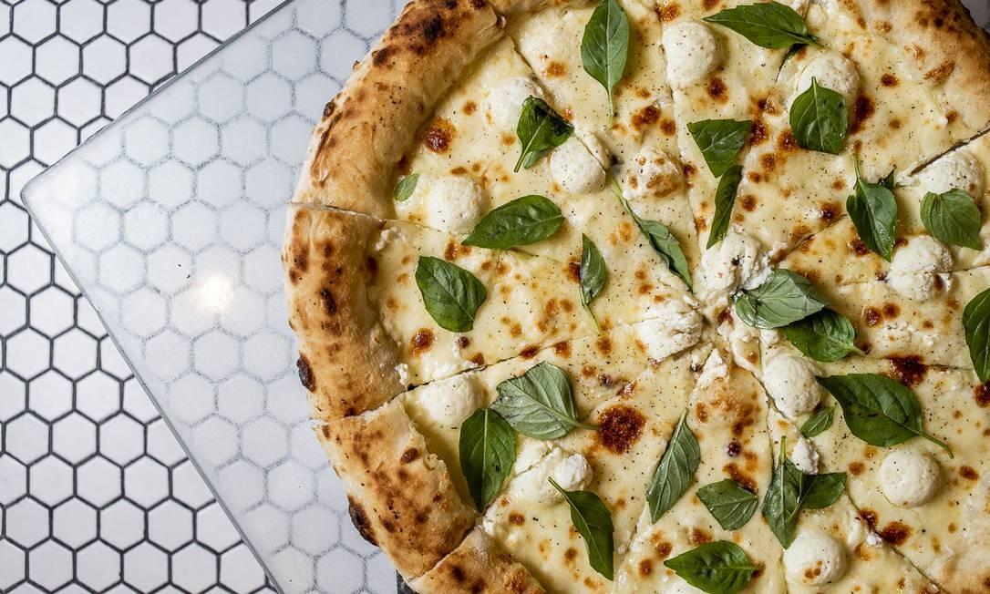 Mamma Jamma. A Invernata (R$ 69) é elaborada com queijo de cabra, cream cheese e pimenta Derek Mangabeira / Divulgação
