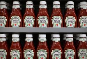 Ketchup da marca americana Heinz Foto: Mike Blake / Agência O Globo