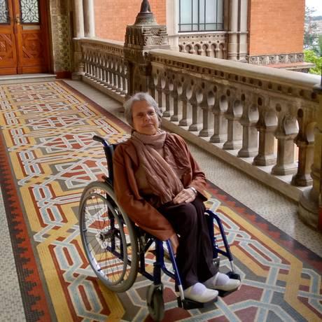 Lilia Martins é psicóloga, tem 78 anos e ficou com paraplegia após pegar poliomielite, aos 2 anos de idade Foto: Arquivo pessoal