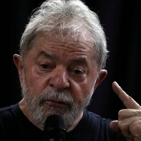 O ex-presidente Luiz Inácio Lula da Silva, em comício no dia 16/03 de 2018 Foto: Paulo Whitaker / REUTERS