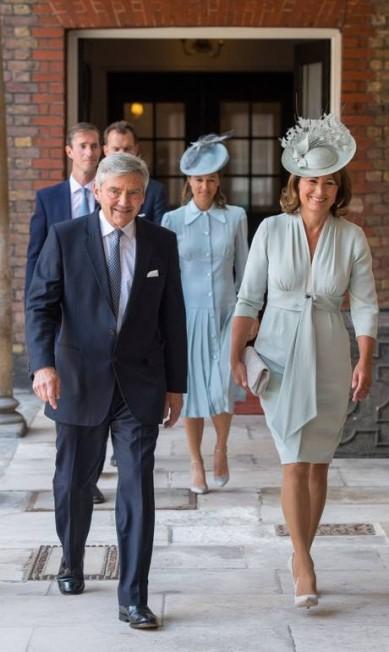 Michael e Carole Middleton, os pais de Kate, não podiam faltam POOL / REUTERS