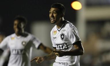 Kieza segue no comando do ataque do Botafogo Foto: Terceiro / Agência O Globo