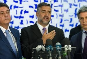 Os deputados federais Wadih Damous, Paulo Pimenta e Paulo Teixeira durante entrevista coletiva Foto: LULA MARQUES / Lula Marques/Agência PT/05-04-2017