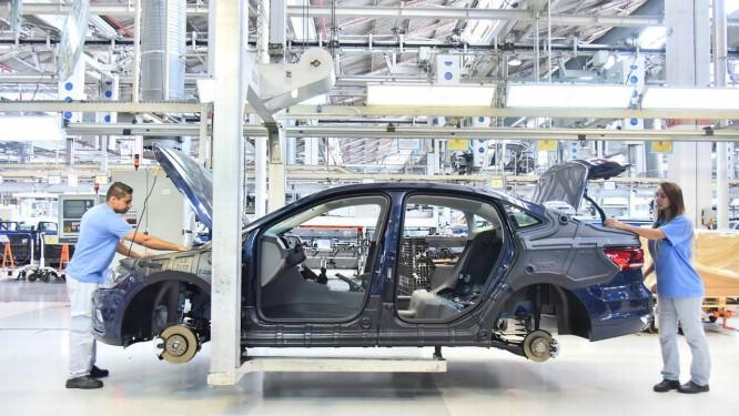 Enquanto o Inovar-Auto priorizava a produção no Brasil, o Rota 2030 será voltado para a economia e a segurança dos carros Foto: Divulgação