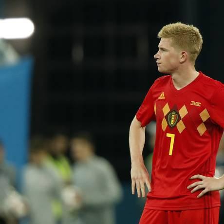 Kevin de Bruyne lamenta a derrota da Bélgica na semifinal da Copa Foto: ODD ANDERSEN / AFP
