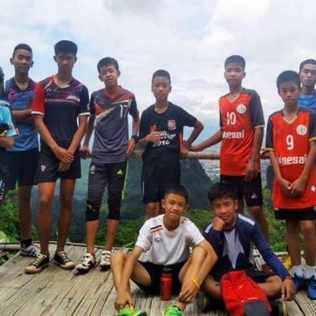 Adolescentes tailandese presos em caverna foram encontrados vivos Foto: Reprodução