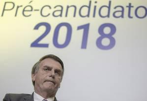 O deputado Jair Bolsonaro, durante sabatina com candidatos á Presidência do jornal Correio Braziliense Foto: Daniel Marenco / Agência O Globo (06/06/2018)