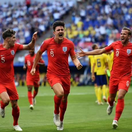 Equipe da Inglaterra comemora gol nas quartas de final da Copa do Mundo. Foto: Fabrice Coffrini/AFP