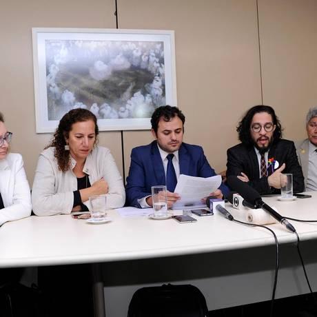 Os deputados Maria do Rosário, Jandira Feghali, Glauber Braga, Jean Wyllys e Chico Alencar Foto: Cleia Viana/Câmara dos deputados