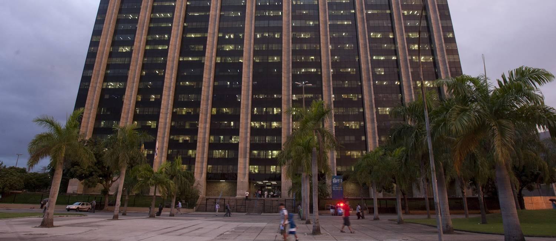 O inquérito do MPRJ que investiga o prefeito Marcelo Crivella foi ajuizado na quarta-feira Foto: Rafael Andrade 08-05-2012 / Agência O Globo