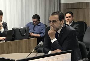O ex-ministro Henrique Alves depõe à Polícia Federal Foto: Aura Mazda / Agência O Globo