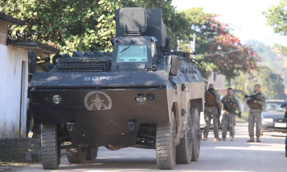 Rio de Janeiro 13/07/2018 Polícia Federal realiza operação contra o tráfico em Itaboraí. Foto Fabiano Rocha / Agência o Globo Foto: Fabiano Rocha / Fabiano Rocha