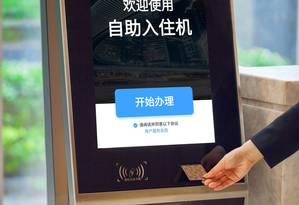Quiosque de check-in com tecnologia de reconhecimento facial nos hotéis Marriott Foto: Marriott Divulgação