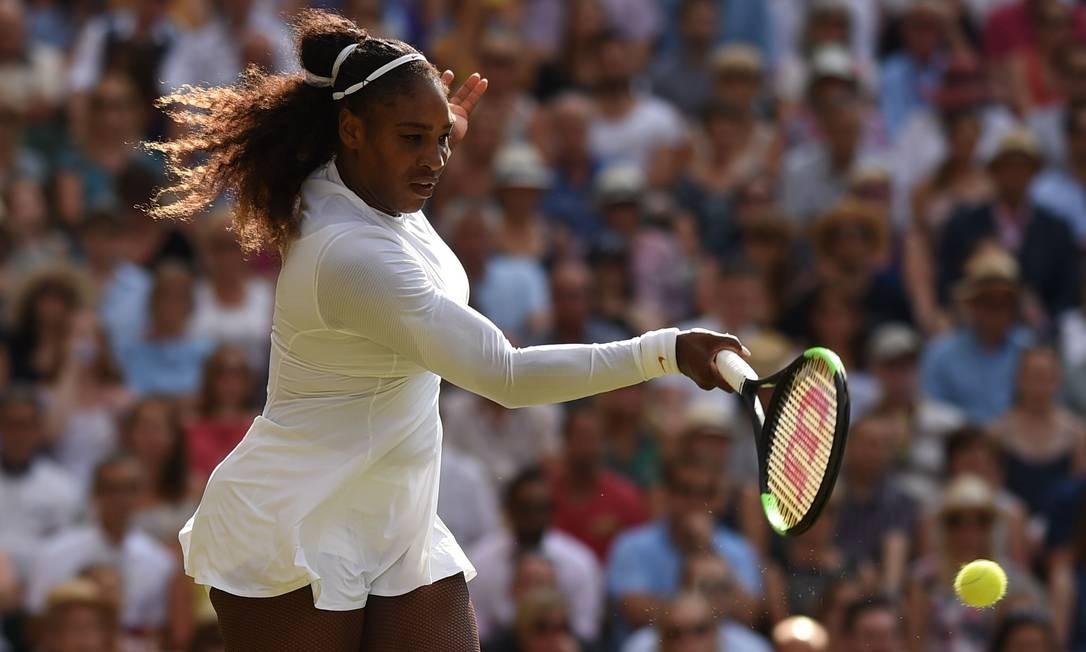 Serena Williams em ação Foto: OLI SCARFF / AFP
