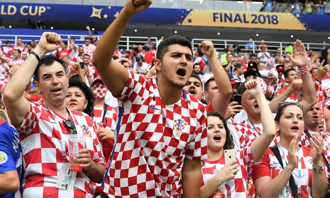 Croatia's supporters cheer their team ahead of the Russia 2018 World Cup final football match between France and Croatia at the Luzhniki Stadium in Moscow on July 15, 2018. / AFP PHOTO / Kirill KUDRYAVTSEV / RESTRICTED TO EDITORIAL USE - NO MOBILE PUSH ALERTS/DOWNLOADS Foto: KIRILL KUDRYAVTSEV / AFP