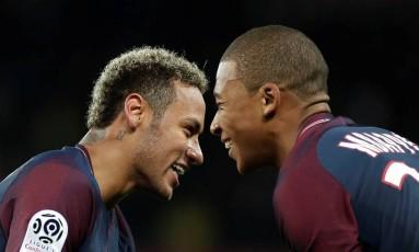 Neymar e Mbappé são as principais estrelas do PSG Foto: BENOIT TESSIER / Reuters