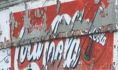 Coca-Cola solicitou a retirada de imagem de letreiro desgastado Foto: Divulgação