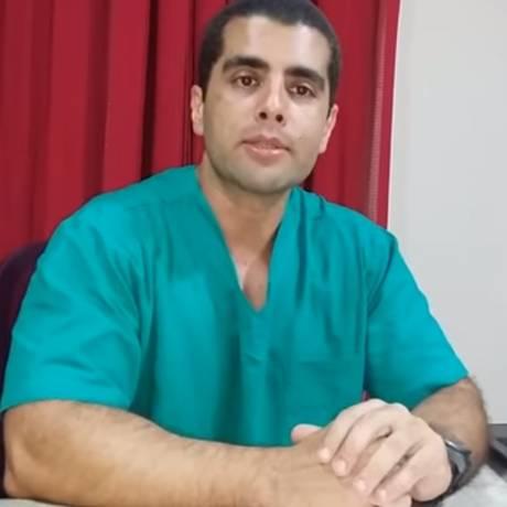 O médico Denis Cesar Barros Furtado, de 45 anos, conhecido como
