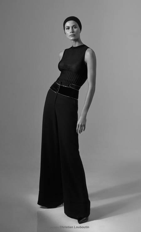 Renata usa blusa Coven e calças Roberto Cavalli Foto: Thais Vandanezi
