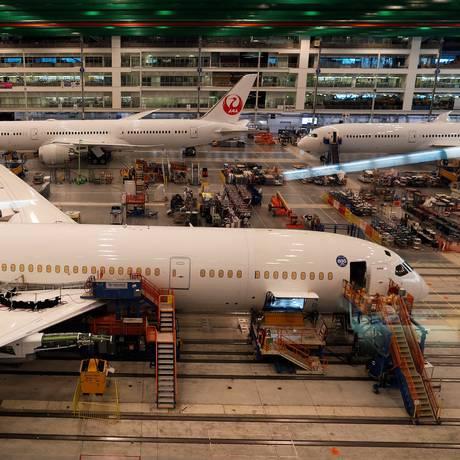 Avião em construção em fábrica da Boeing na Carolina do Sul, nos EUA Foto: RANDALL HILL / Randall Hill/25-3-2018