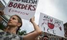 Manifestantes protestam contra política migratória americana em Washington Foto: ANDREW CABALLERO-REYNOLDS / AFP