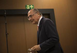 Geraldo Alckmin participa de evento com presidenciáveis na CNI Foto: Daniel Marenco/Agência O Globo/04-07-2018