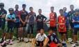 """Os meninos da equipe de futebol """"Wild Boars"""" (Javalis Selvagens), que ficaram presos em caverna na Tailândia Foto: Reprodução"""