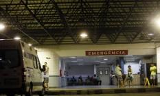 Salgado Filho estava com 84 doentes num espaço destinado a 29 na última quarta-feira Foto: Marcos de Paula / Agência O Globo