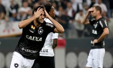 Igor Rabello lamenta boa chance desperdiçada no primeiro tempo Foto: Luis Moura/WPP/Agência O Globo / Agência O Globo
