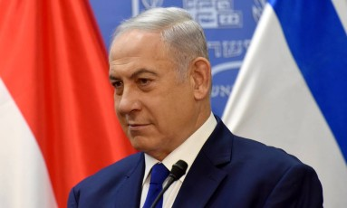 """O premier Netanyahu: """"Este é um momento definidor. Longa vida a Israel"""", disse sobre a lei Foto: POOL / REUTERS"""