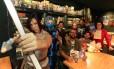 Time geek. Grupo de cosplayers, escritores e gamers representará Niterói no festival que deve reunir cerca de 30 mil admiradores da cultura pop Foto: Roberto Moreyra