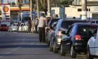 Fila para abastecer em São Paulo: greve causou escassez de combustível em todo o país Foto: Edilson Dantas / Agência O Globo