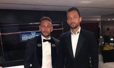Neymar parabeniza Nenê Foto: Reprodução