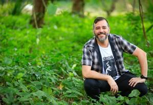 Criador. Pedro de Luna percorreu histórias da banda para a obra Foto: Roberto Moreyra / Agência O Globo