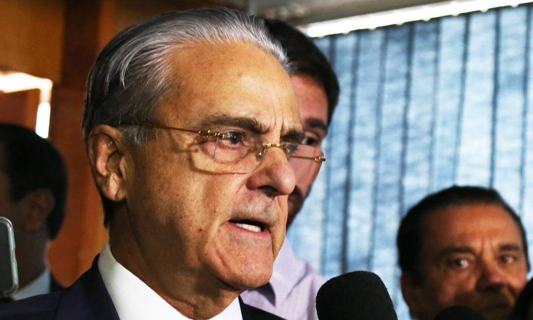 O presidente da Confederação Nacional da Indústria (CNI), Robson de Andrade, durante entrevista Foto: Givaldo Barbosa/Agência O Globo/28-06-2018