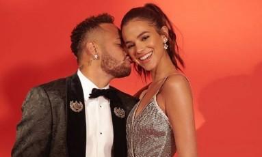 Neymar e Bruna Marquezine posam juntos em São Paulo Foto: Reprodução