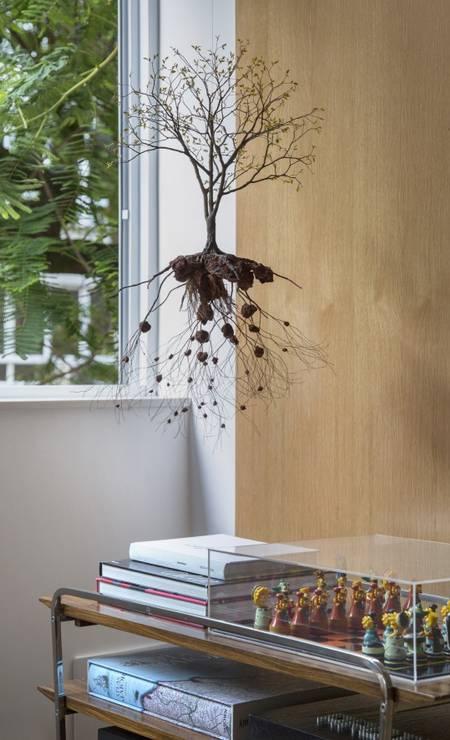 A escultura de Jorge Mayet chama a atenção Foto: MCA Studio