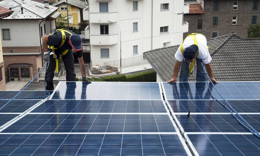 Instalação de painel solar residencial Foto: Portal Solar