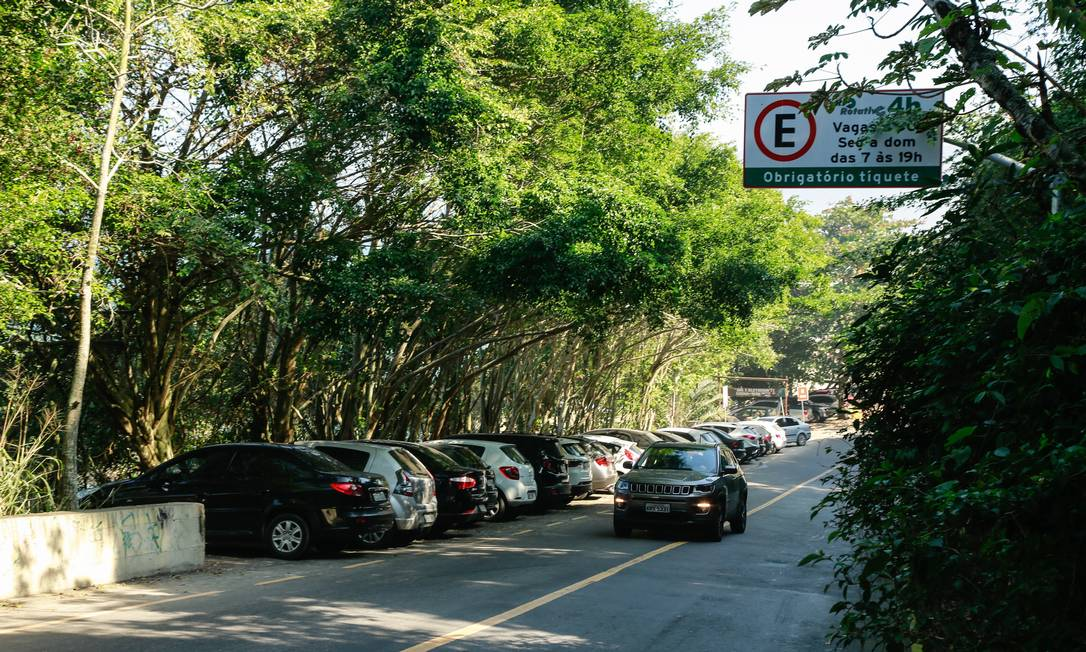 No começo de julhoa praia de Abricó recebeu placa do rio rotativo. Foto: Brenno Carvalho / Agência O Globo