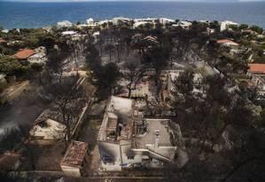 Mati ficou completamente destruída Foto: SAVVAS KARMANIOLAS / AFP